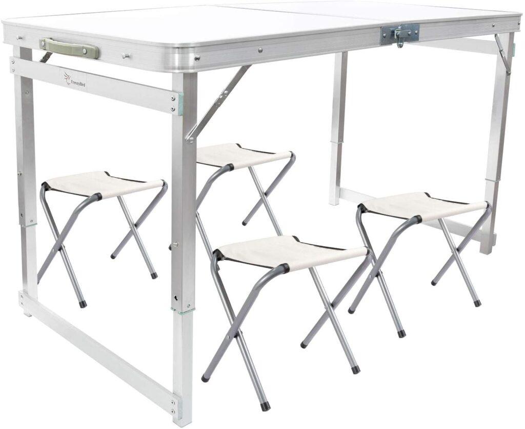 4-stools-table-protable