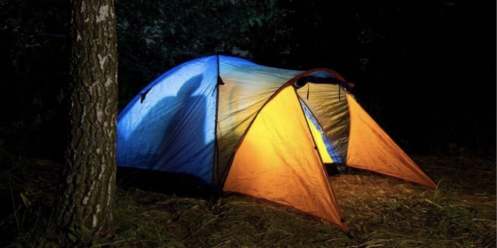 tent-with-multiple-rooms