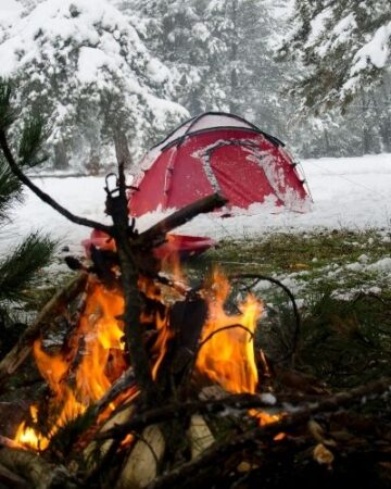 best ways to stay warm in a tent